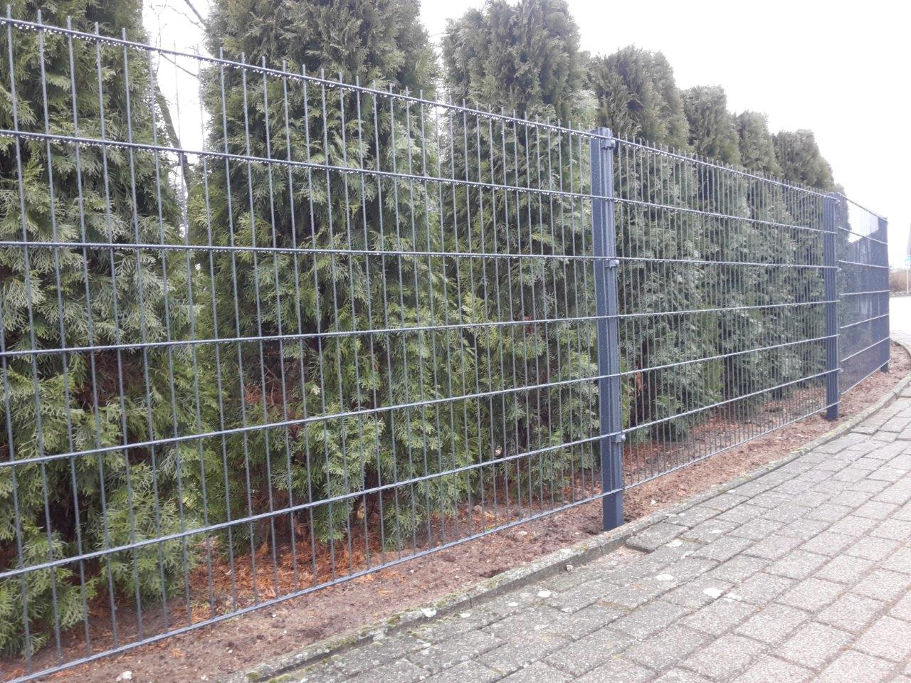 Doppelstabmatten Metallzäune aus Polen OL MAR